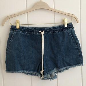 Drawstring elastic waist denim shorts